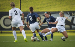 Loss comes in final minutes for women's soccer
