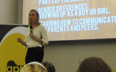 "Dr. Lori Hart tells students ""everything they always wanted to know about the opposite sex"""