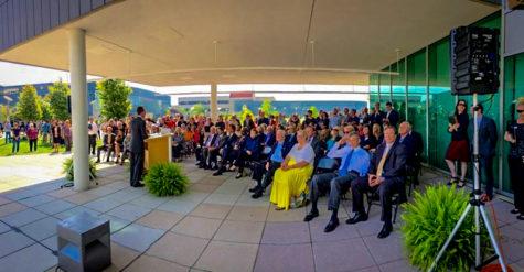 Celebrating progress: Final beam laid for Health Innovation Center