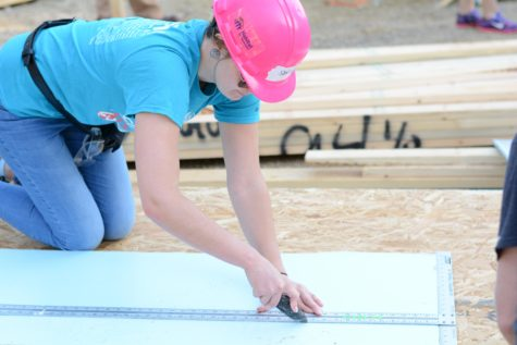 WATCH: Norse VETS join Habitat for Humanity