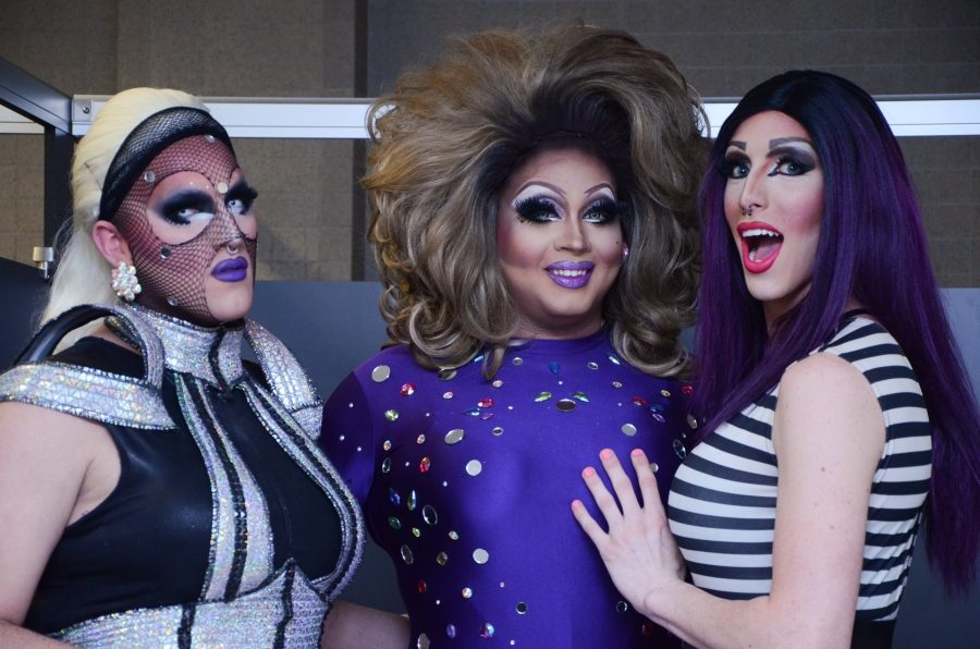 GALLERY: Drag show 'Mas-QUEER-ade' gives back to charity