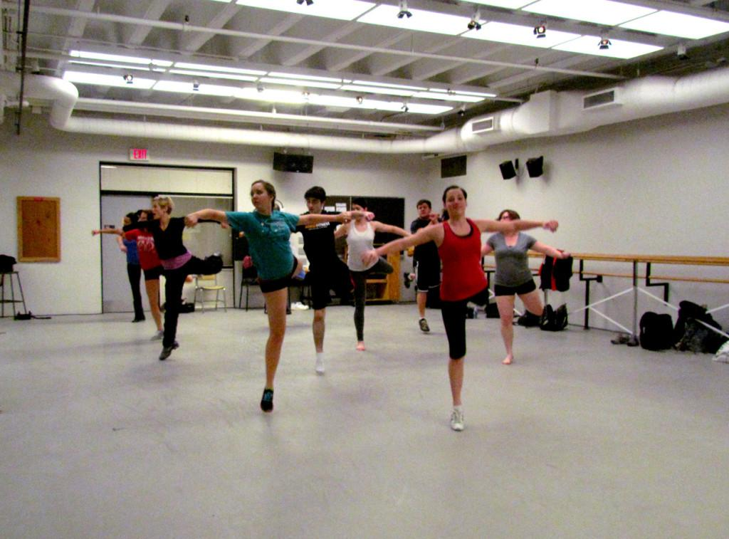 Dance+class+reaches+out+to+young+students