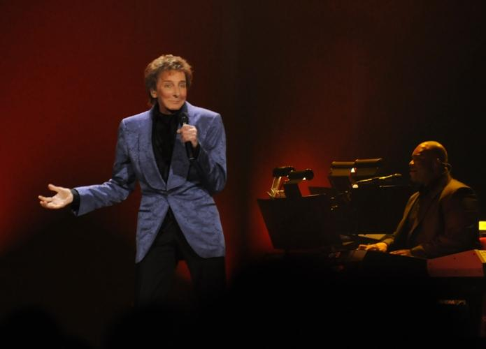 Manilow+visits+the+BOKC