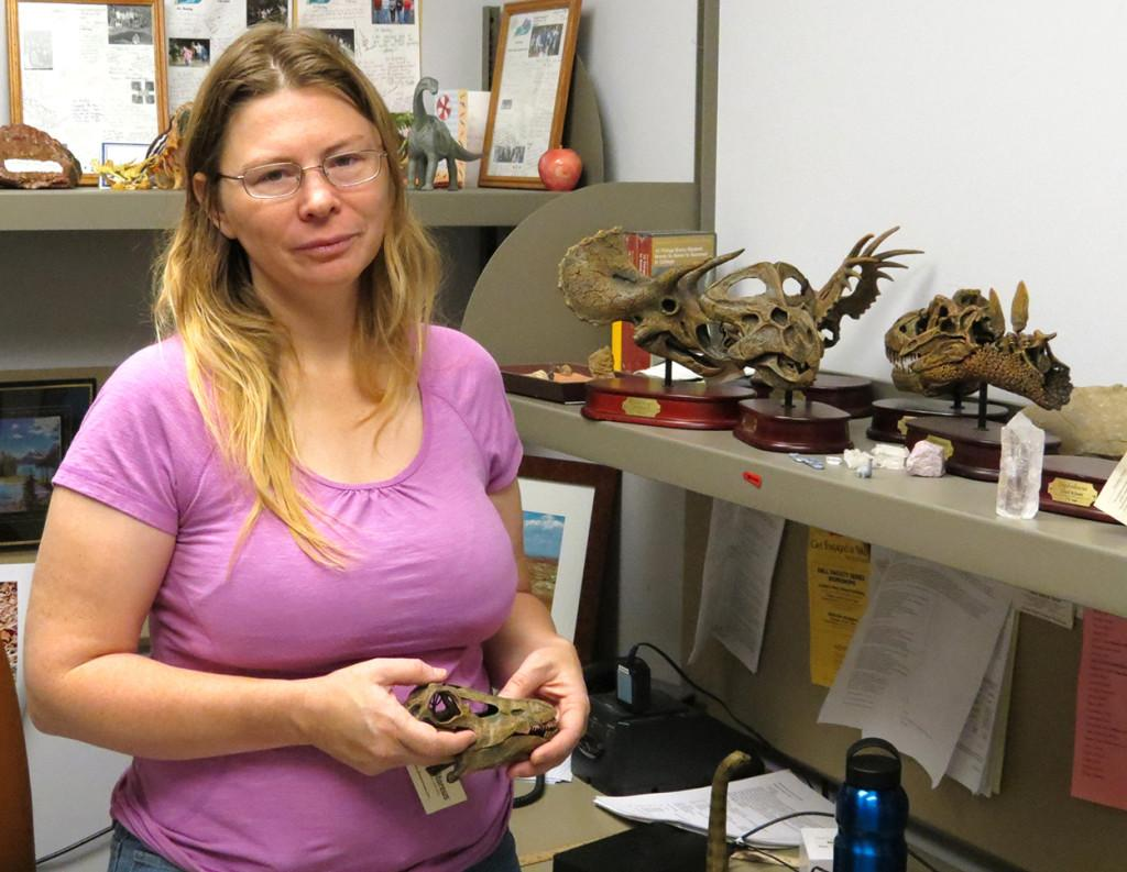 Prof. researches Jurassic fossils for drought signs