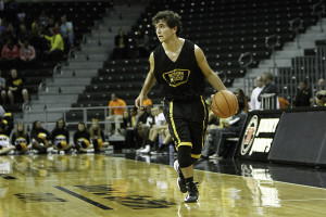 Freshman guard honors basketball legend