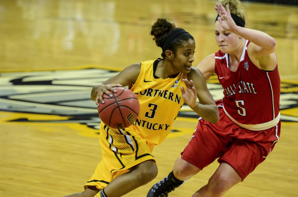 NKU_Womens_Basketball_vs_Ball_State_Jeff_12-21-2013_1009