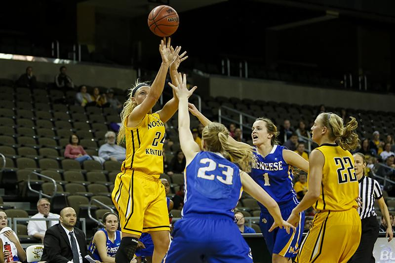 NKU+women%27s+basketball+player+Kayla+Thacker+shoots+the+ball+against+McNeese+State%2C+scoring+25+points+and+8+rebounds+during+NKU%27s+win+in+the+first+round+of+the+WBI+Tournament.+NKU+beat+McNeese+State+84-72+on+March+20%2C+2014+at+the+Bank+of+Kentucky+Center+during+the+first+round+of+the+WBI+Tournament.+NKU+plays+College+of+Charleston+at+7+p.m.+Saturday%2C+March+23%2C+2014+at+TD+Arena+in+Charleston%2C+South+Carolina.+%0A