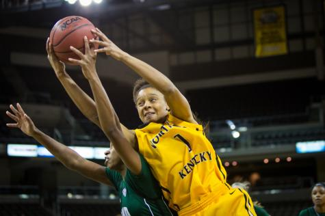 Women's basketball face hard loss against Ohio University