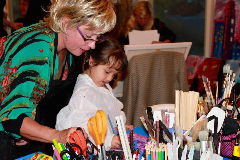 Artists of all ages and skill levels are able to participate and come to one of the Co-Creation Artworks classes.