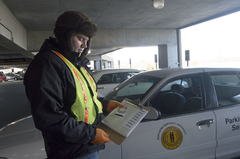 UPDATED: Parking pass problems continue, lot closes indefinitely