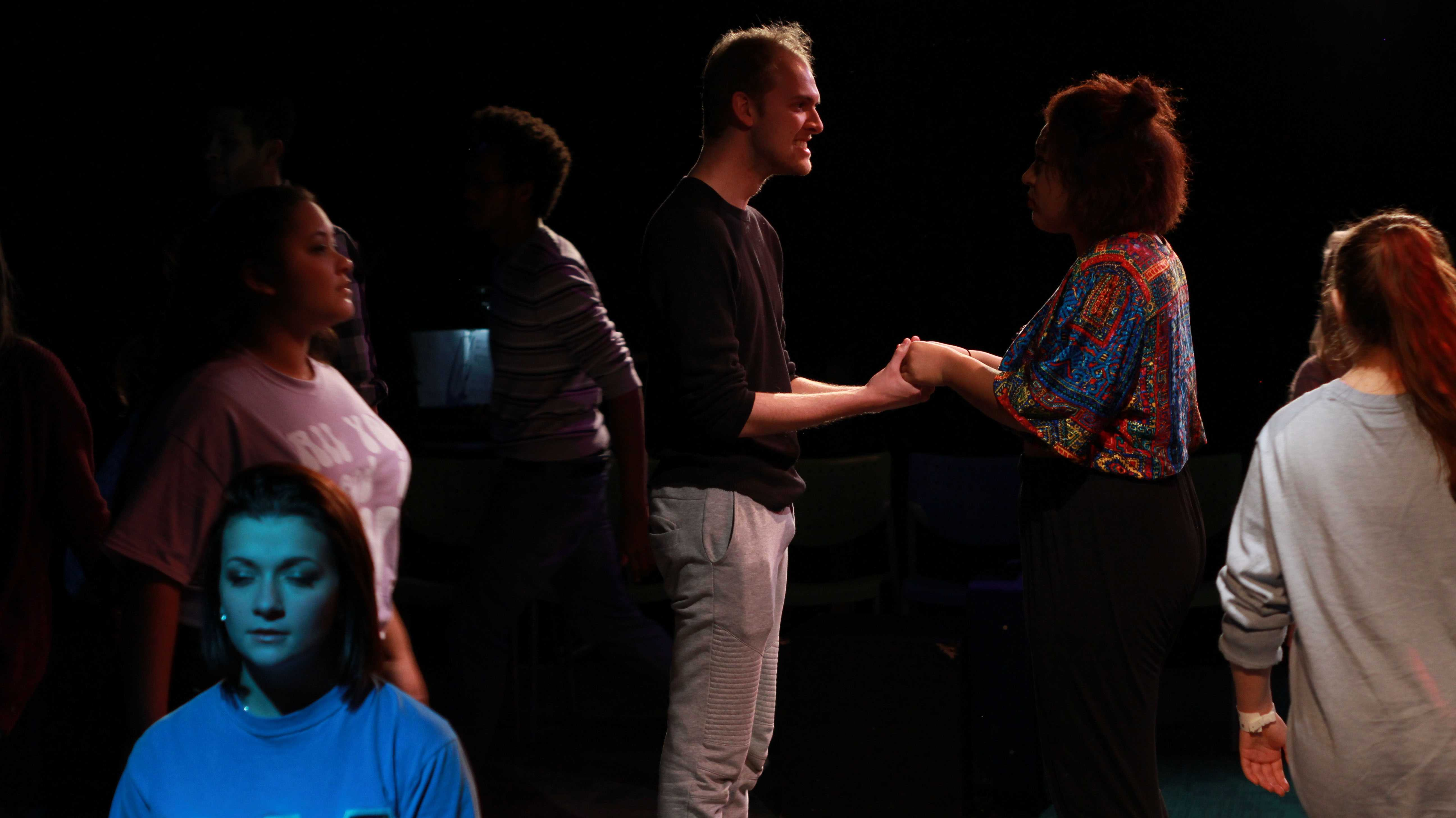 Nate+Doninger+playing+the+role+of+Xander%27s+father+in+the+musical%2C+Years.+Gabby+Francis+and+Anna+Rose+DLG+also+will+take+part+in+the+musical.