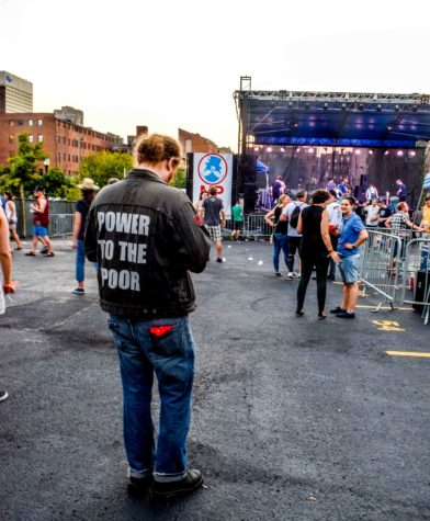 The audience of the festival was as diverse as the bands playing. Several attendees sported clothes with a punk-rock aesthetic.