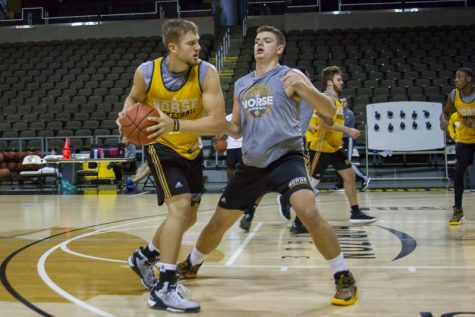 Drew McDonald guards Carson Williams during a drill at NKU Norse Media Day