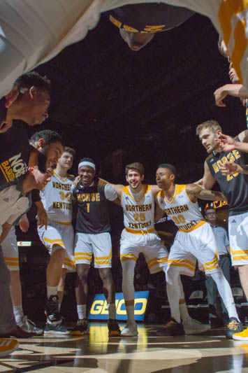 The men's basketball team will need to win the Horizon League tournament to earn a place in the NCAA tounrament