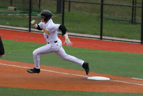 Norse fall in final game of double header to lose series