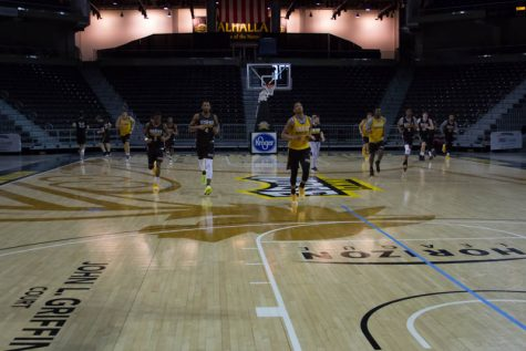 The Norse warm up for practice on Wednesday ahead of their trip to Indianapolis
