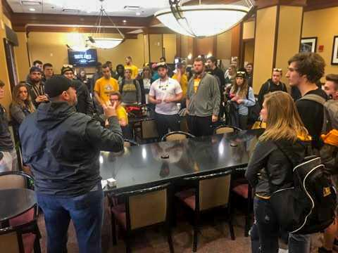 NKU students arrive in Detroit for the Horizon League championship game.