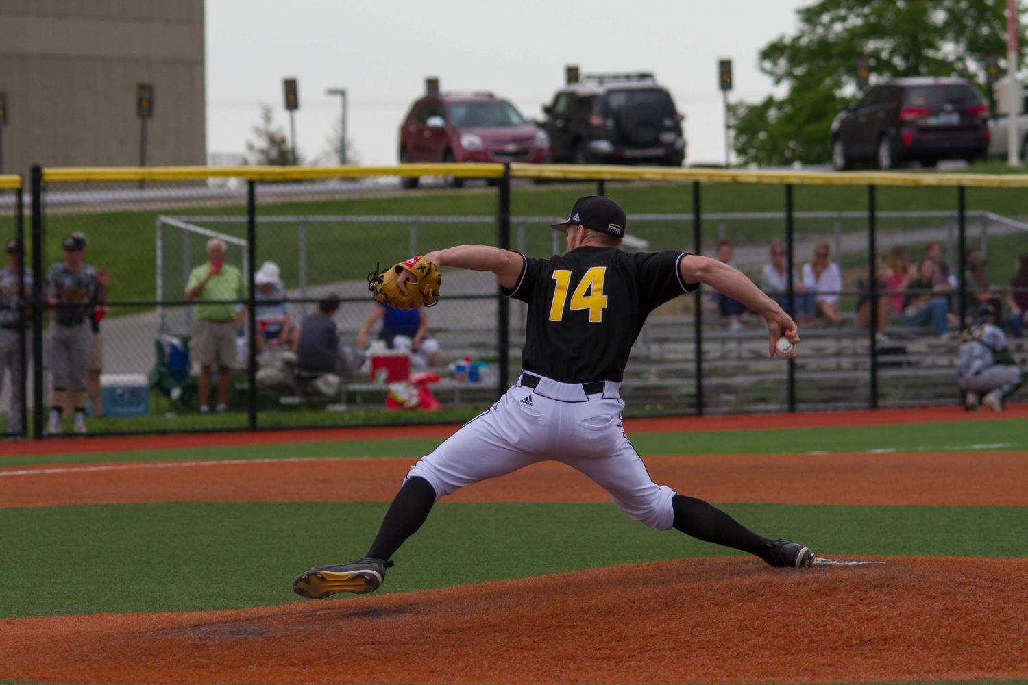 Cameron Ross delivers a pitch to a Wright State hitter.