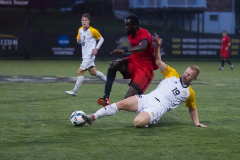 Moyes scores first goal in Norse victory