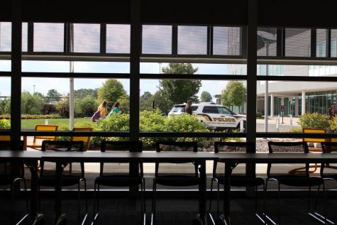 A patrol vehicle viewed from the glass windows of Student Union Room 108.