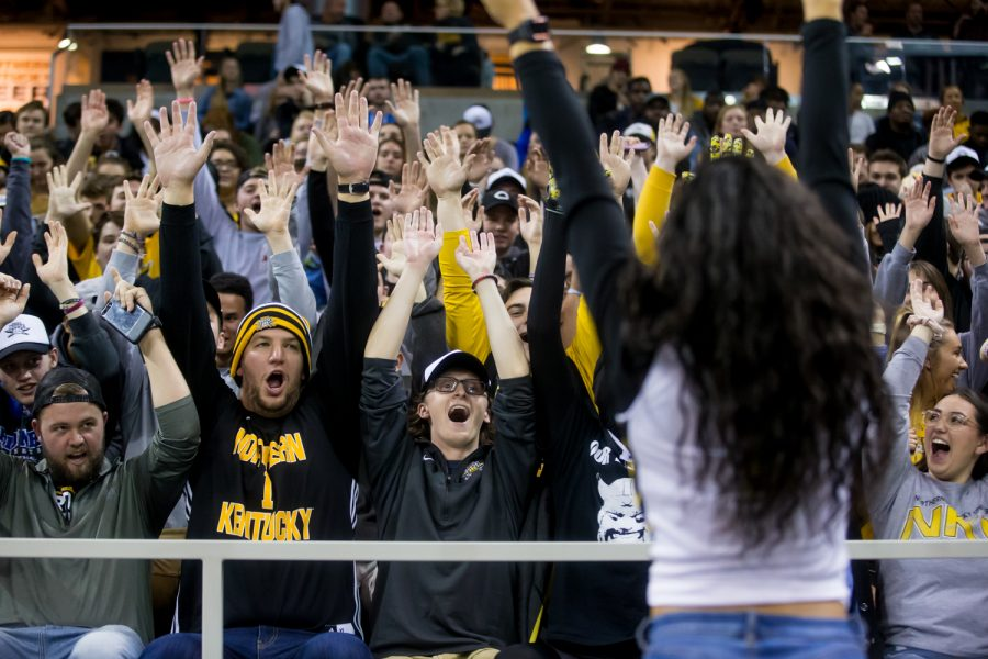 NKU+fans+cheer+during+the+game+against+UNC+Asheville.