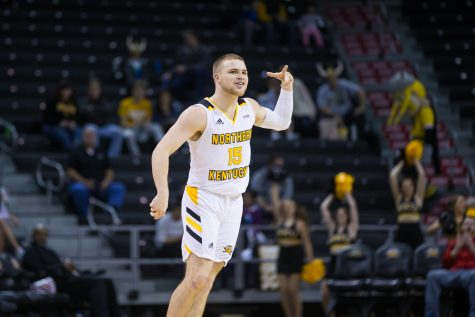 Tyler Sharpe (15) reacts after a point during the game against IUPUI. Sharpe had 16 points on the game.