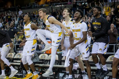 GALLERY: Norse defeat RedHawks at BB&T Arena