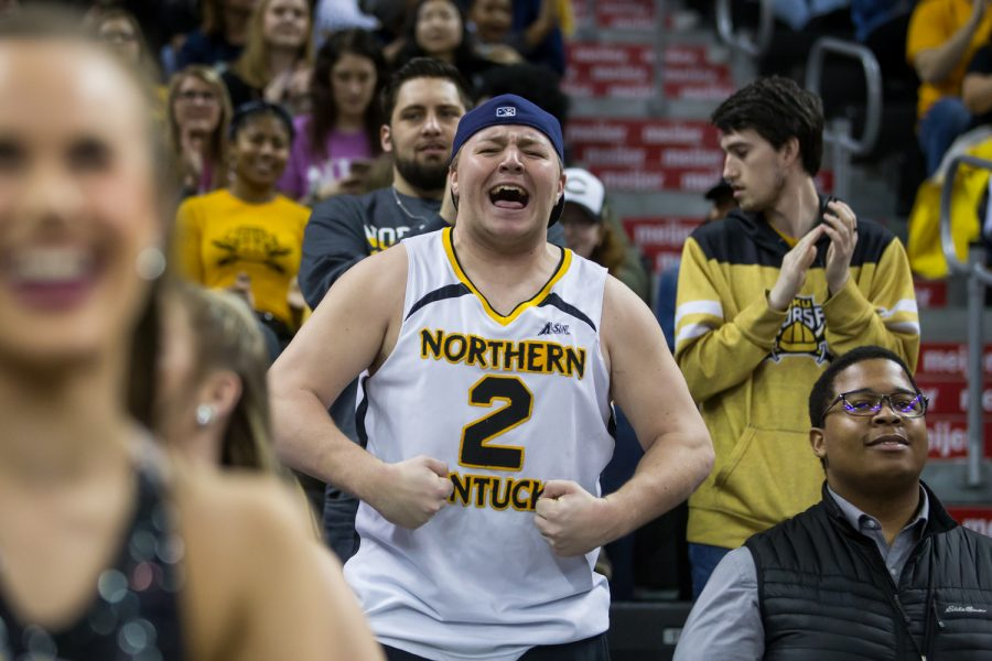 NKU+students+cheer+after+a+Norse+point+during+the+game+against+Detroit+Mercy.+The+Norse+defeated+Detroit+97-65.