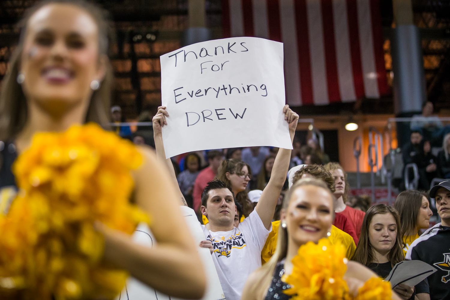 An+NKU+fan+holds+up+a+sign+during+the+game+against+Cleveland+State.+The+Norse+fell+to+Cleveland+State+83-77.