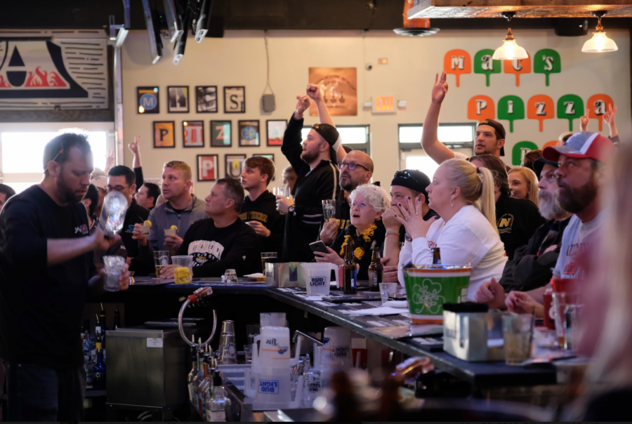 NKU men's basketball fans at Mac's Pizza Pub Cold Spring watch the Norse take on the Texas Tech Raiders in the first round of March Madness.
