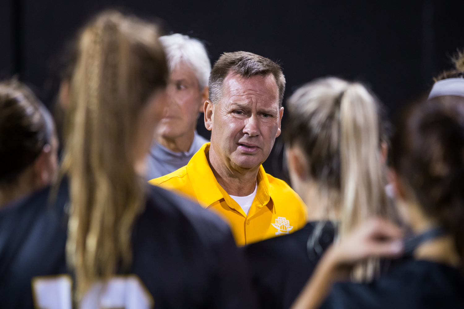 Women%27s+Soccer+Head+Coach+Bob+Sheehan+talks+to+the+team+after+a+loss+against+Ohio+University.+The+Bobcats+won+1-0+and+had+7+shots+on+goal+to+the+Norse%27s+1.