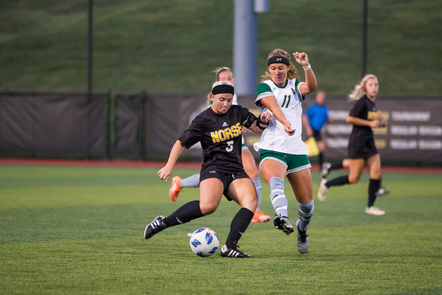 Ashleigh+Cronin+%285%29+fights+to+pass+a+ball+during+the+game+against+Ohio+University.+The+Norse+fell+1-0+to+the+Bobcats+on+Sunday+night.
