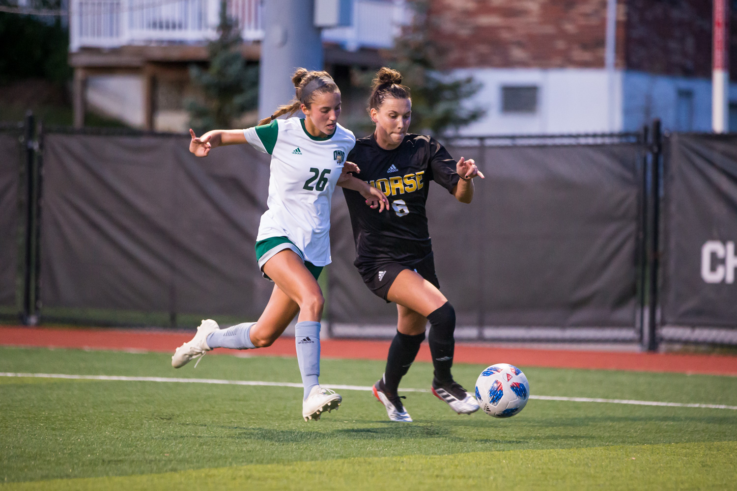 Ally+Perkins+%286%29+drives+toward+the+goal+during+the+game+against+Ohio+University.+The+Norse+lost+1-0+to+Ohio+University.