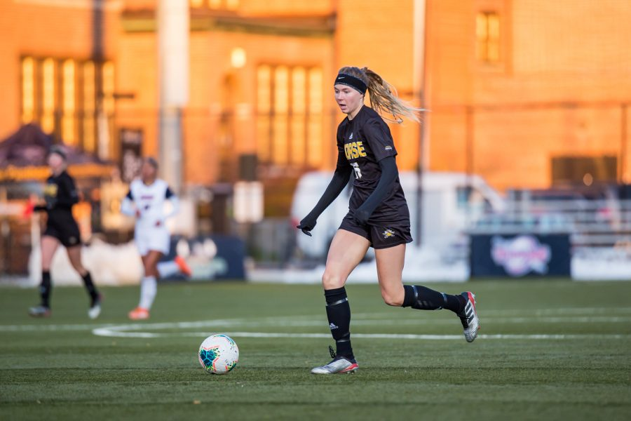 Kailey Ivins (15) drives toward the goal during the semifinal game of the Horizon League Tournament against UIC. The Norse fell to UIC 1-0 in double overtime.