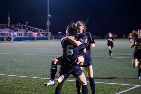 Women's Soccer team takes down Wright State in First Round of Conference Finals