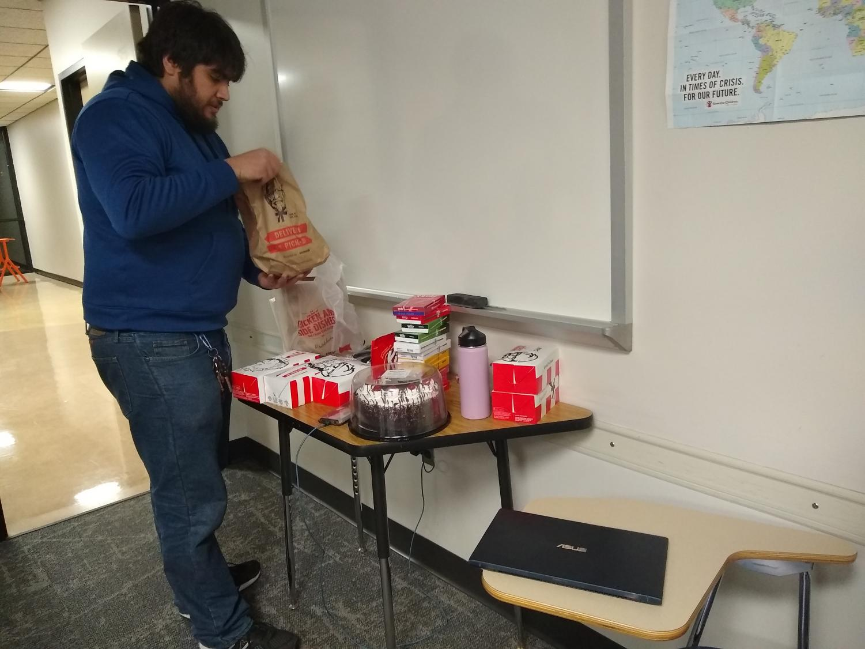Student club celebrates Japanese tradition of KFC on Christmas