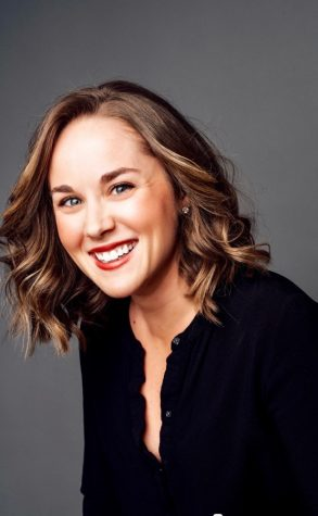 Tara Derington worked for E! News and BuzzFeed before working at Thrive Global.