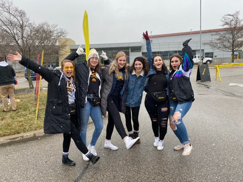 Weihe (second to the left) with her friends at NKU.