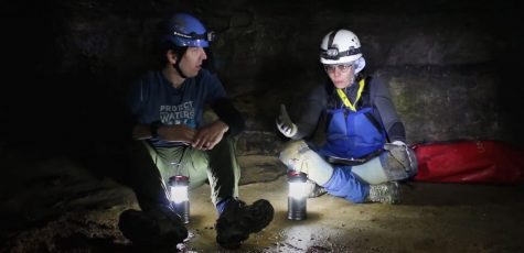 "Science Around Cincy host Chris Anderson talks with local geomorphologist Rachel Bosch in the ""Mammoth Caves"" episode."