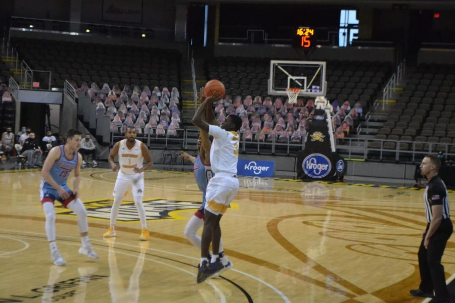 Marques Warrick takes an open jump shot during NKU's game against UIC at BB&T Arena.