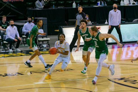 Bryson Langdon drives to the hoop during NKUs win over Wright State on Friday night at BB&T Arena.