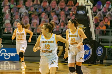 Members of the NKU WBB team look down the court as a play unfolds during Friday afternoon