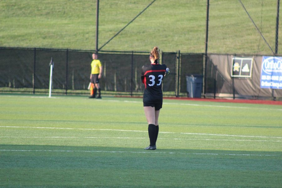 Cincinnati goalkeeper Anna Rexford looks on during the Bearcats 2-1 win over the Norse on Thursday.