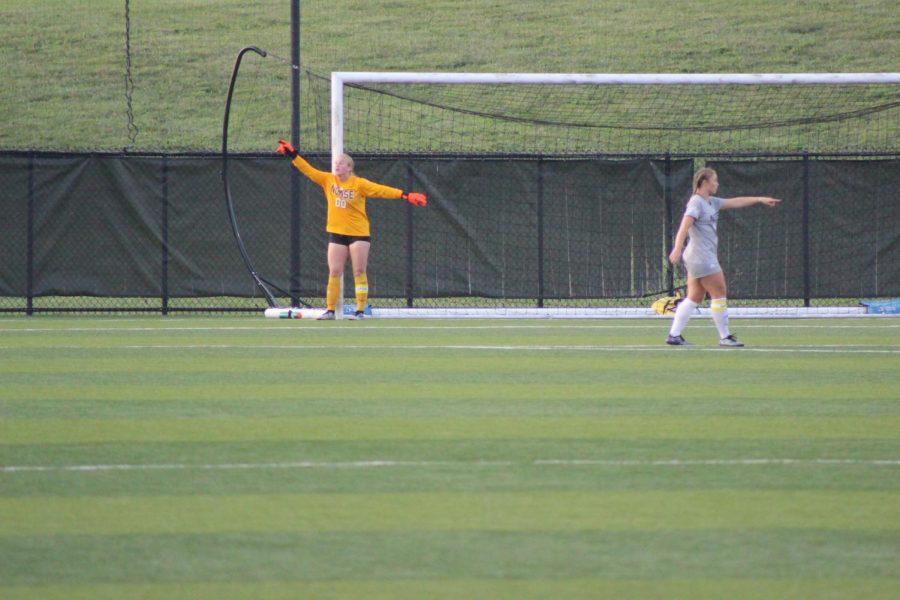 NKU goalkeeper Mimi Stines (00) directs her teammates during NKUs 2-1 defeat to Cincinnati on Thursday.
