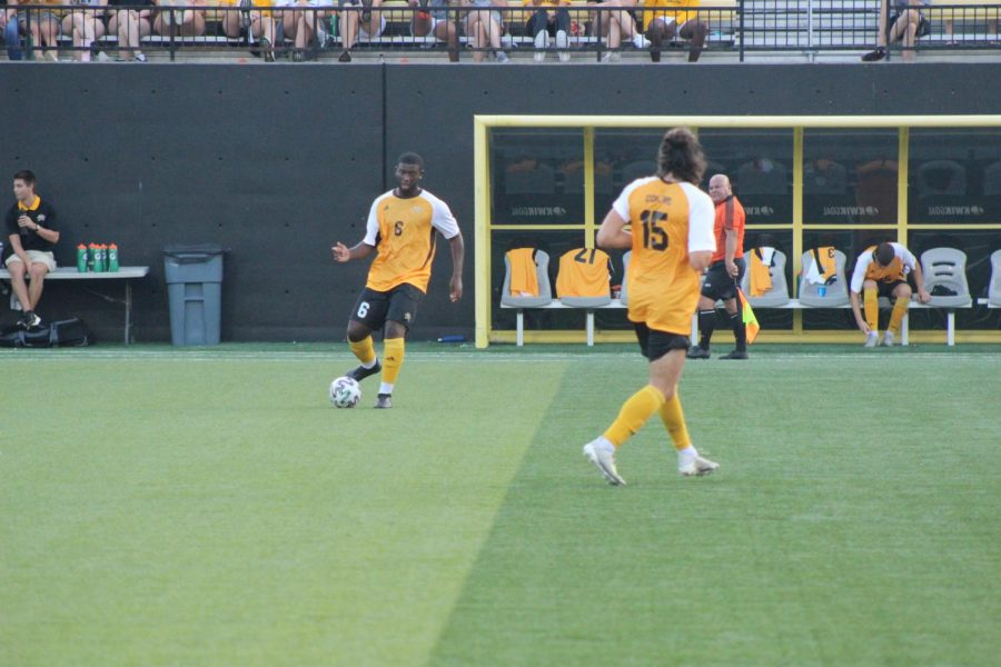 NKU defender Samuel Nwosu (6) dribbles the ball against Kentucky on Friday night. The Norse would lose the match 2-0.