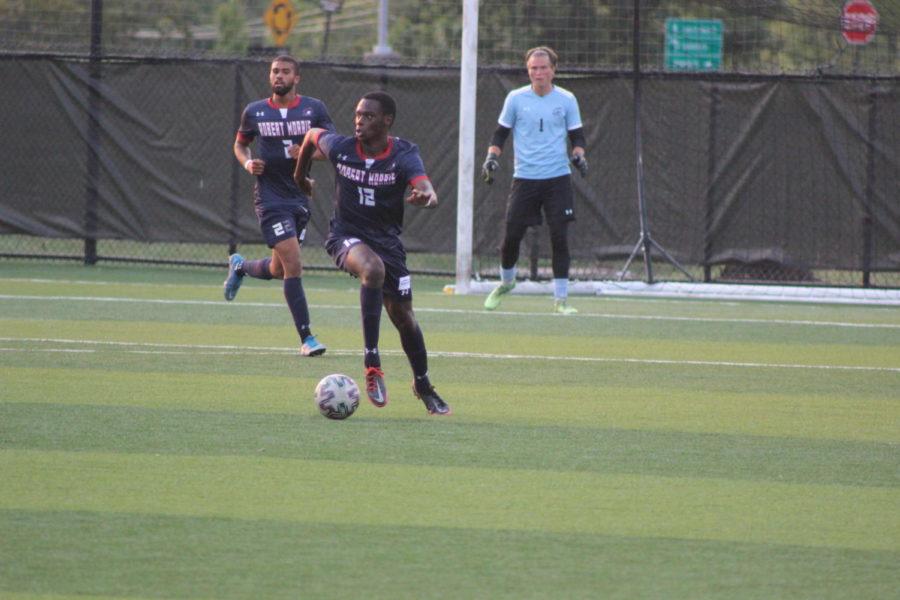 Robert Morris Nathaniel David (12) dribbles the ball during RMUs 1-0 win over NKU on Saturday.