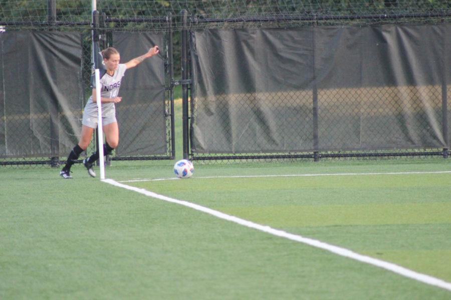 NKU midfielder Lindsey Meyer (14) prepares to send a corner kick during NKUs 1-0 win over Detroit Mercy.