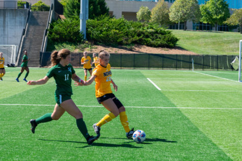 NKU midfielder Kaya Vogt (28) dribbles near the sideline during the Norse 1-0 win over Cleveland State on Sunday.